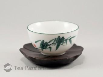 Чашка фарфоровая Дэхуа